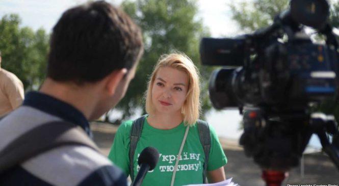 Волонтер Левицька: Щоб зрушити з місця, потрібні державні реформи