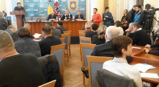 Черкаська міськрада оприлюднює протоколи сесій через кілька тижнів після засідань
