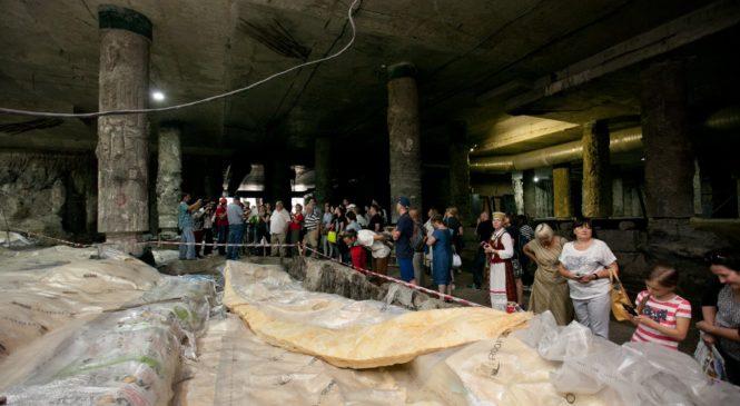 Музей киевских древностей на Почтовой площади: что происходит?