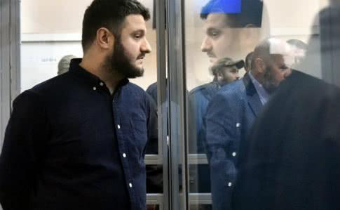 """НАБУ: Третій підозрюваний у """"справі рюкзаків Авакова"""" бере вину на себе"""