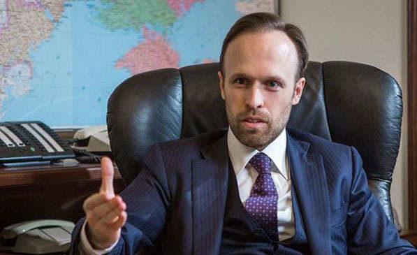 Скандал в АП: НАБУ перевіряє цивільну дружину «куратура судів» Філатова