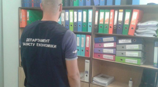 Черкаських чиновників підозрюють у змові з забудовниками. У мерії проводять обшуки