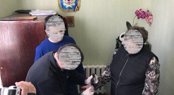 Викладачку Черкаського інституту пожежної безпеки, яку підозрюють у хабарництві, взяли під домашній арешт