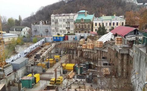 Головний архітектор Києва визнав – столична влада навіть не здогадується, що будують на Андріївському