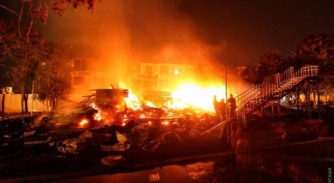 Пожежа у «Вікторії»: скандальний дитячий табір продовжує «з'їдати» бюджетні гроші, батьки впевнені, що не всі винні покарані