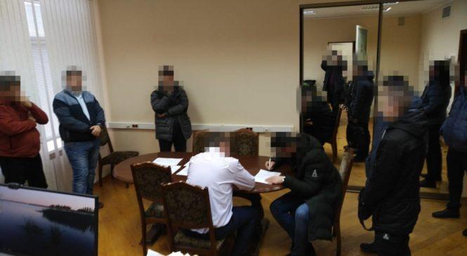 У Полтаві на систематичному хабарництві затримано посадовця судової адміністрації