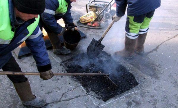 На Київщині судитимуть бізнесмена за привласнення 230 тисяч на ремонті доріг