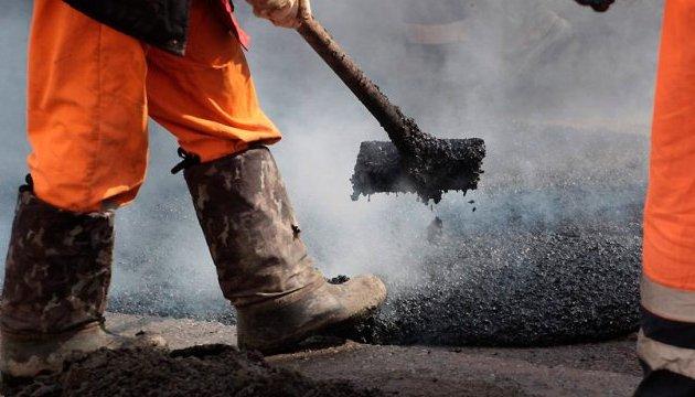 На Сумщині вкрали гроші на ремонті дороги