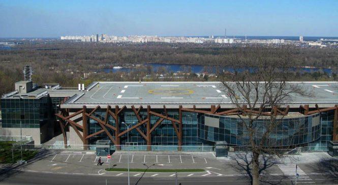 У КМДА стверджують, що вертолітний майданчик на Парковій намагаються повернути Януковичу