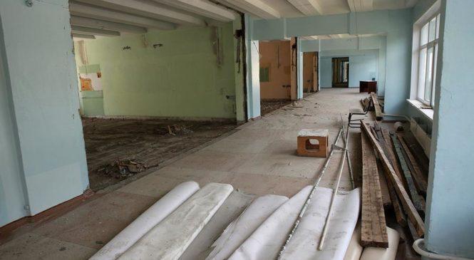 Правоохоронці Херсона перевіряють реальність ремонту школи