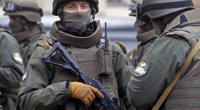 У справі оборонного скандалу детективи НАБУ затримали кількох посадовців