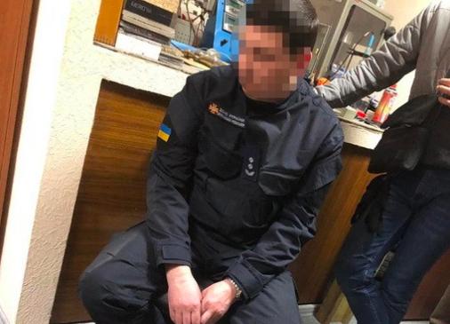 У Києві посадовець ДСНС виявився хабарником