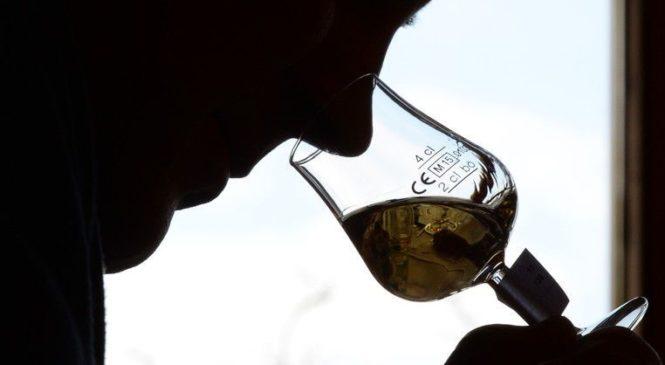 Директор фірми намагається уникнути відповідальності за корупцію начебто через алкоголізм